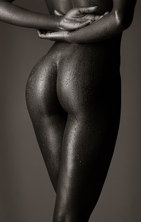 nero nudo Womens