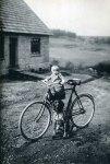 august sander bike, baby dog