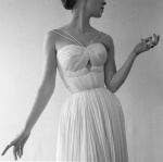 med_robert-doisneau-drapc-de-gras-paris-1955-jpg
