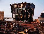 edward-burtynsky-bangladesh-ship-deconstruction-03
