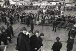 harry-benson-beatles-desembarcando-em-nova-york-7-de-fev-1964