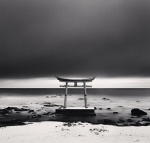 michael kenna JAPAN torii-gate