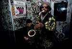 bruce-davidson-subwayphotography-1980 sax