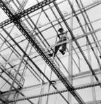 Eva Besnyö, scaffold