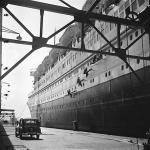 Eva Besnyö, ship yard