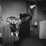 elton_keyboard_handstand