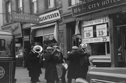 Arthur+Rothstein+Street+band+in+Yorkville,+New+York+City.5