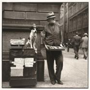 Louis+Faurer+Silent+Salesman,+Philadelphia,+PA+1937