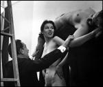 women-naked-skull-dali+salvador-dali-women-skull+Philippe+Halsman