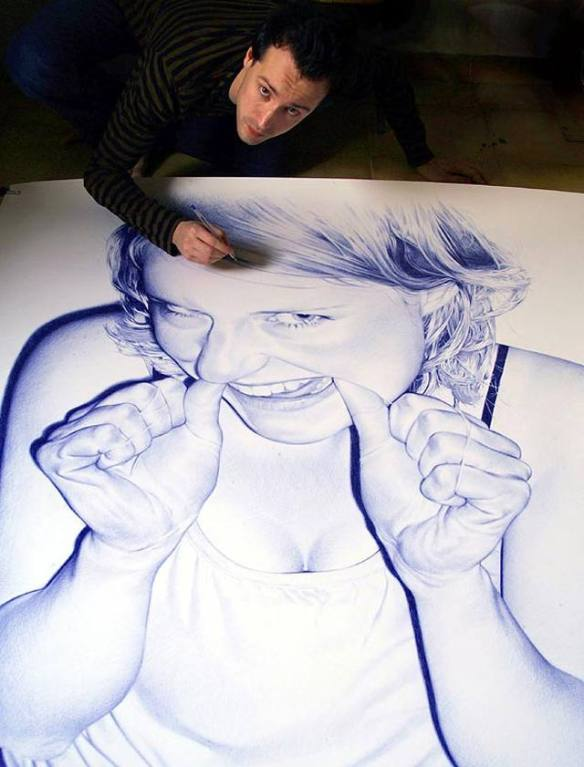 PHOTOREALISTIC-BALLPOINT-PEN-DRAWINGS-by-Juan-Francisco-Casas-31