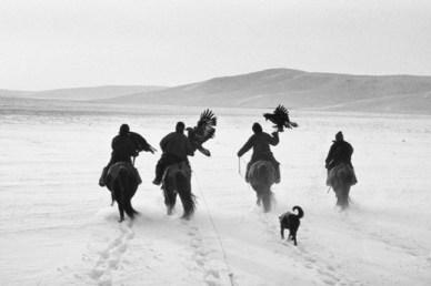 Black-and-White-photography-Tomasz-Gudzowaty-16