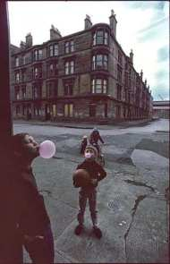 Raymond+Depardon+Glasgow,+1980