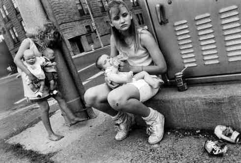 Mary+Ellen+Mark+street+photography+8